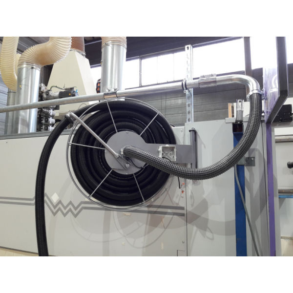 High vacuum cleaning system
